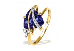 Золотое кольцо с корундом