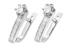 Серьги из белого золота с бриллиантом
