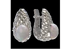 Серебряные cерьги с опалом