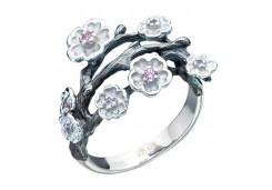 Серебряное кольцо с кристаллом Сваровски